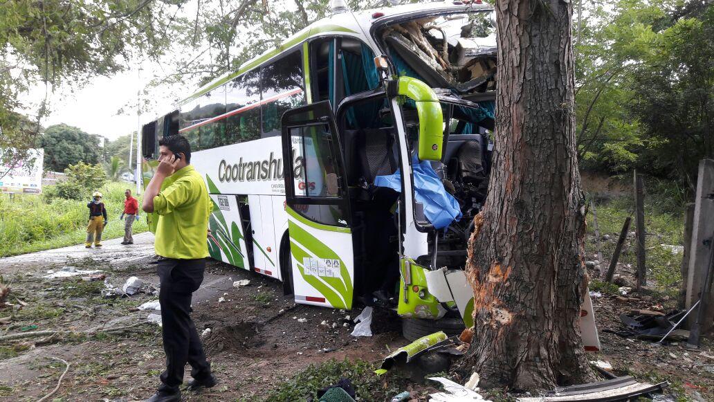 Víctimas y heridos del bus de Cootranshuila