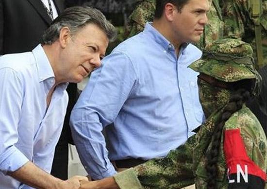 El ELN le mide la paciencia a Santos