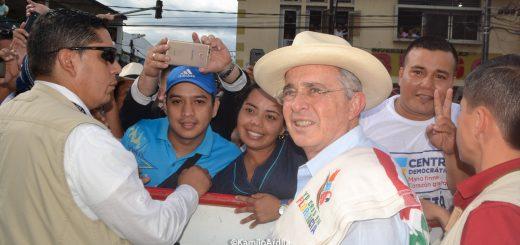 Alvaro Uribe pregonó el NO en Florencia Fotografía kamiloArdila