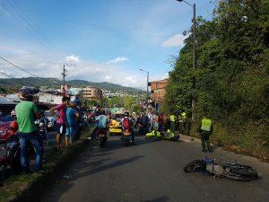 Motociclista choca contra motorizados en La Circunvalar