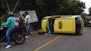 Accidente en la vía Florencia La Montañita