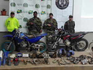 Motocicletas y autopartes recuperados en veredas de San Vicente del Caguán