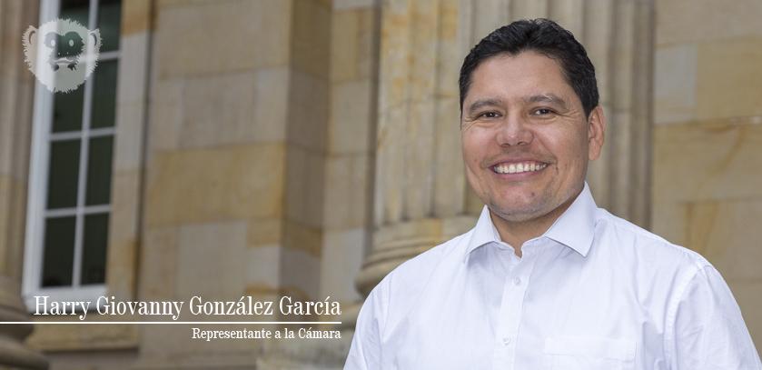 El Representante Harry González si tiene trabajo en el Congreso: Leyes e importante gestión