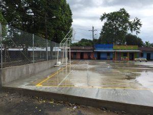 Placa del polideportivo del Portal la Mono. Foto Calixto Perdomo.