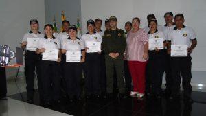 Primer grupo de Policía Cívica de Mayores, todos profesionales, gradúa la policía del Caquetá
