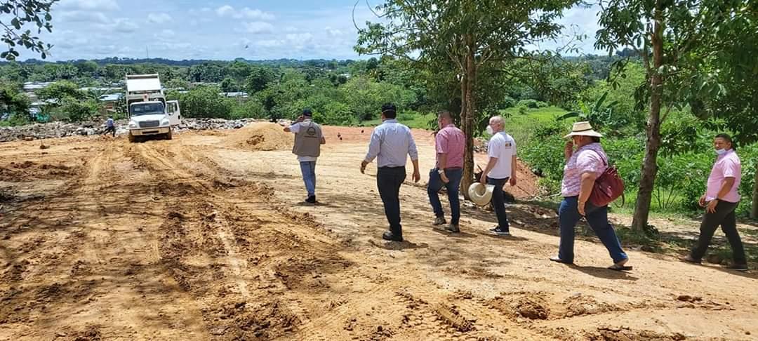 Satisfactoria visita de Corpoamazonia a relleno sanitario de Cartagena del Chairá.