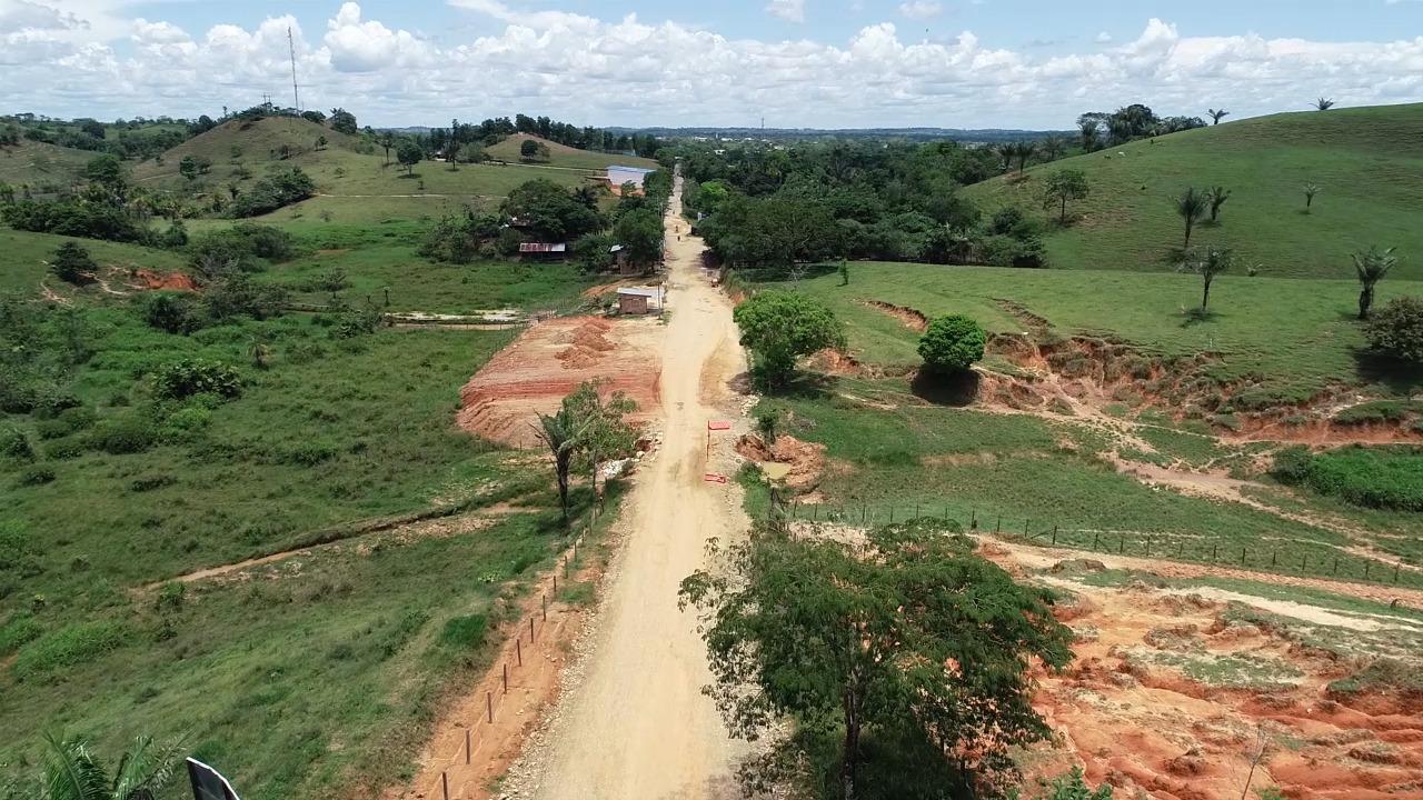 El gobernador asegura pavimentación Paujil-Cartagena